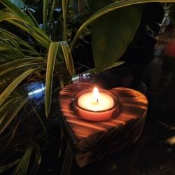 Bougeoir Coeur en bois brûlé